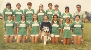 07-The-first-offical-Green-White-Ladies-Team